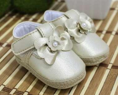 Sapato Boneca Dourado Keto