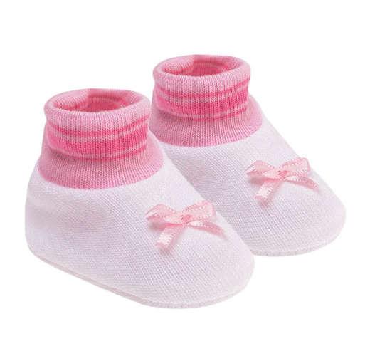d0e186b4ca Kit Sapatinho Bebê Recém-Nascido Branco e Rosa